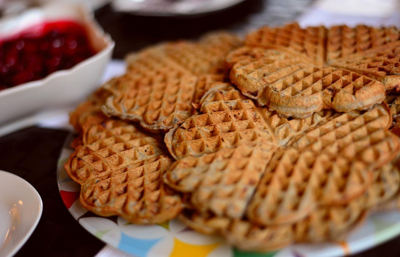 lumberjack café waffles and spread